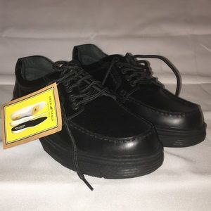Men's NWT Deer Stags Lace-up Shoes
